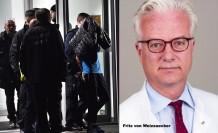 Eski cumhurbaşkanının doktor oğlu bıçaklanarak öldürüldü