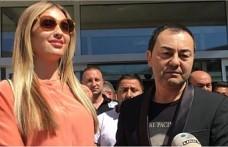 Serdar Ortaç'ın Chloe Loughnan ile evliliğinin devam etmesi için teklif