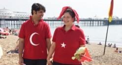 İngiltere Atatürkçü Düşünce Derneği 30 Ağustos'u Brighton'da Kutladı