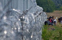 """Avrupa Birliği sınırlarına yeni """"demir perde"""" çekiyor"""