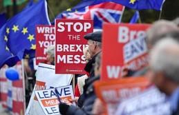 AB Brexit'te 'yeniden müzakereye'...