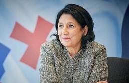Gürcistan'ın ilk kadın cumhurbaşkanı göreve...