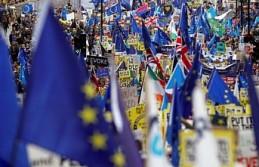 İngiltere'de 1 milyon kişi yeniden referandum...