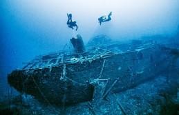Batık iki İngiliz gemisinde yüzlerce mühimmat bulundu
