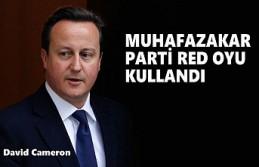 İngiltere'de David Cameron Soruşturma Önergesi...