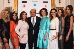 Zeynep Kartal Özçelik'in Londra, Suriye Yardım Defilesi