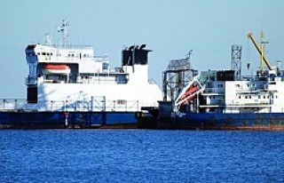 Rus savaş gemisi Marmara'da