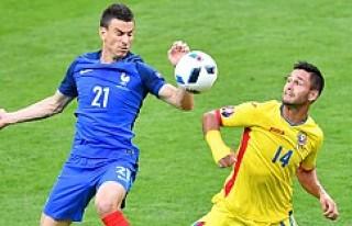 İlk maçta ev sahibi Fransa:2 - Romanya:1