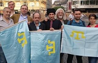 Kırım'ın işgali Frankfurt'ta protesto...
