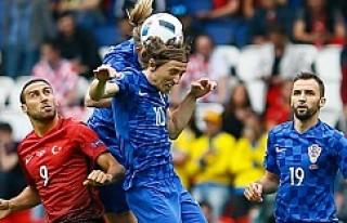 Milli takım, Hırvatistan'a 1-0 yenildi