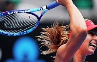 Maria Sharapova'ya Nike ve HEAD'den destek