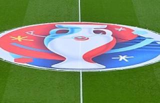 UEFA'dan Rusya ve İngiltere'ye sert uyarı!