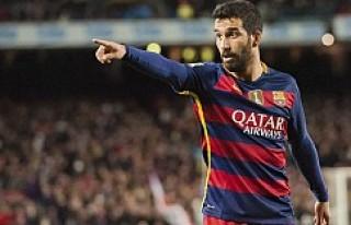 Barcelona, Arda Turan'ı satacak mı?