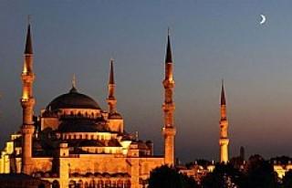 İslam dünyasında Ramazan Bayramı için iki ayrı...