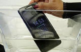 'Su geçirmez' Samsung Galaxy S7 Active...