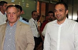 Dick Advocaat, Fenerbahçe için İstanbul'da