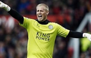 Leicester City, Schmeichel'ın sözleşmesini...