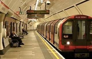 Londra metrosu, 24 saat hizmet verecek