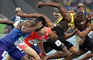 Usain Bolt yine tarihe geçti