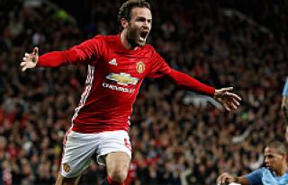 Manchester United, Mata'yla turladı