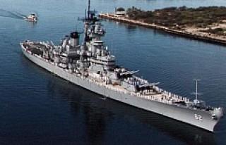 İngiliz savaş gemisi gizlice Yemen açıklarına...