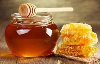 1 çay kaşığı balı dilinizde bekletirseniz...