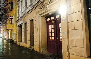 Almanya bir camiyi daha kapattı!