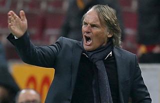 Galatasaray, Riekerink'in görevine son verdi