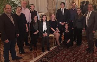 Türk araştırmacılar Londra'da İngiliz meslektaşlarıyla...