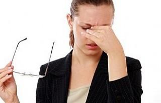 Baş ağrınızın sebebi göz rahatsızlığı olabilir