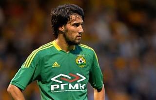 Fenerbahçe, Popov'u almak için Emenike'yi...