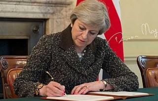 İngiltere Başbakanı 'Brexit' tarihi imzayı...