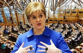 İskoç Parlamentosu ikinci referandumu oyluyor