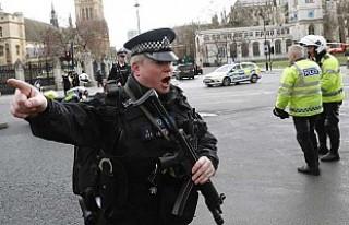 Londra'daki saldırıda bir kadın hayatını...