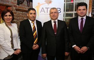 Yıldırım Londra konuştu: Türk Eximbank ihracata...