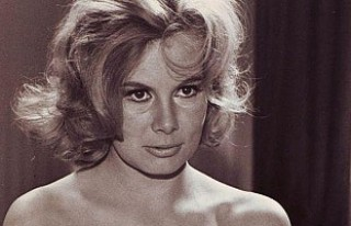 'Bond kızı' Molly Peters öldü