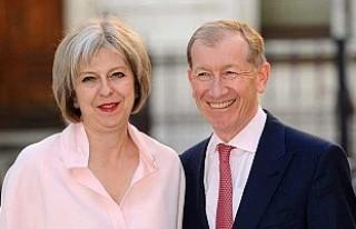 Başbakan May ilk görüşte aşık olmuş!