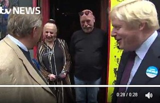 Boris Johnson'a falcıdan şok cevap