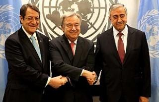 Kıbrıs için bir kez daha zoraki tokalaşma töreni...