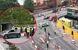 Londra'da ABD Elçiliği önünde şüpheli araç...