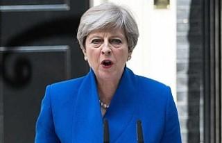 Theresa May azınlık hükümeti kuracak