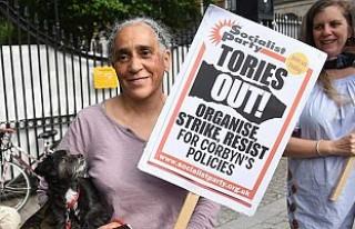 Theresa May'e istifa çağrısı
