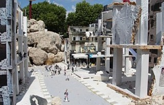 Hollanda'da 'Halep'i Yaşa' minyatür...