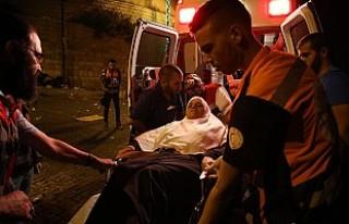 İsrail polisi namaz sonrası cemaate saldırdı:...