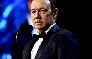 Cinsel tacizle suçlanan Kevin Spacey'ye Özel...