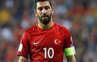 Arda Turan'dan duygulandıran Naim Süleymanoğlu...