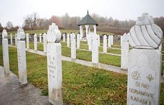 Bosna'daki ilk soykırım Kljuc şehri şehitlerini...