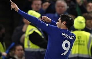 Chelsea, Manchester United'ı İspanyol yıldızıyla...