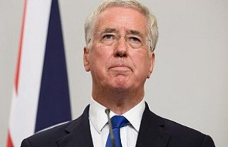 İngiltere Savunma Bakanı Fallon istifa etti!