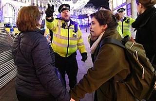 Londra Polisi'nden 'Metroda saldırı'...